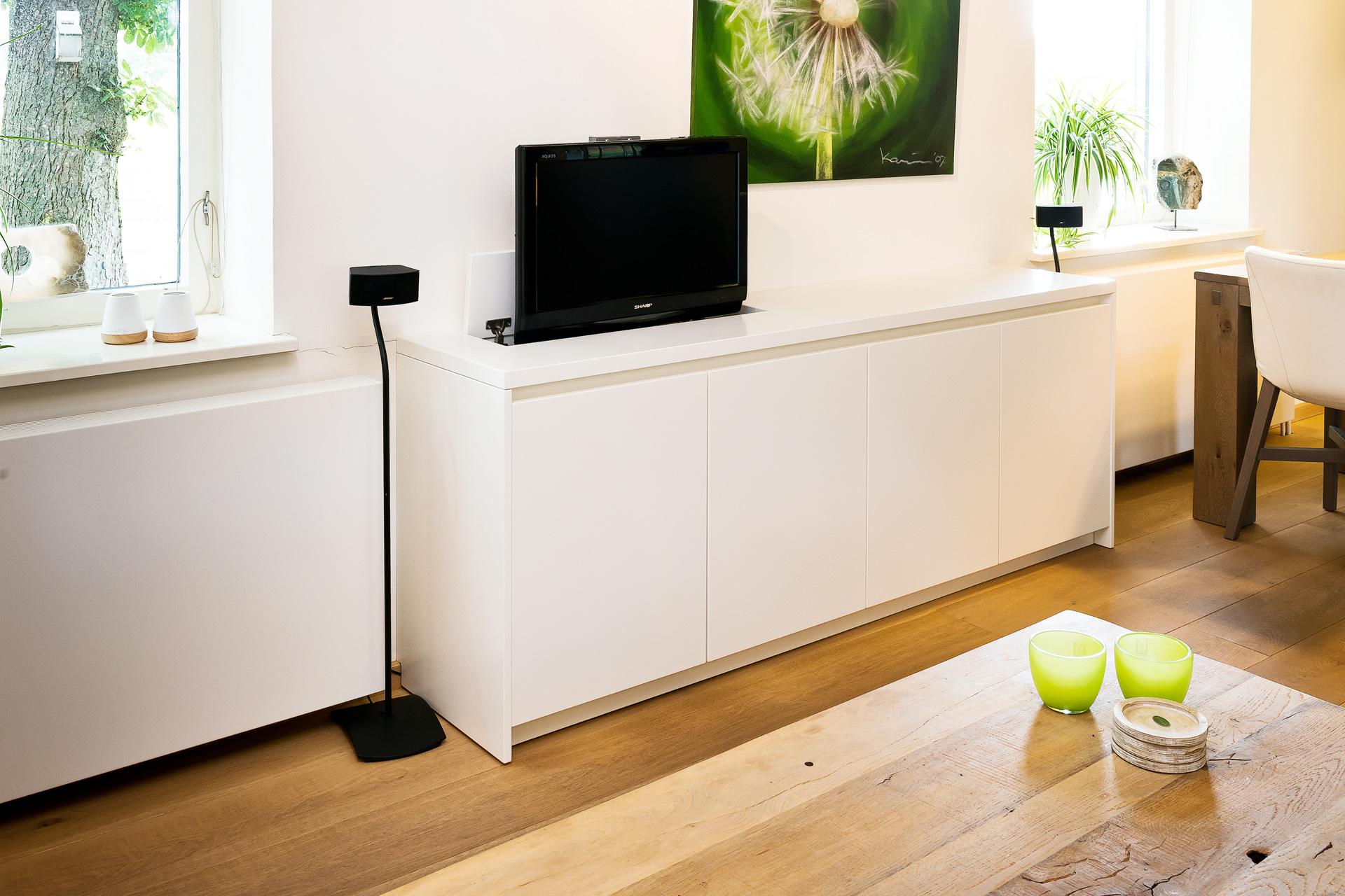 Boekenkast en tv meubel - Erjo Maatwerk Interieur