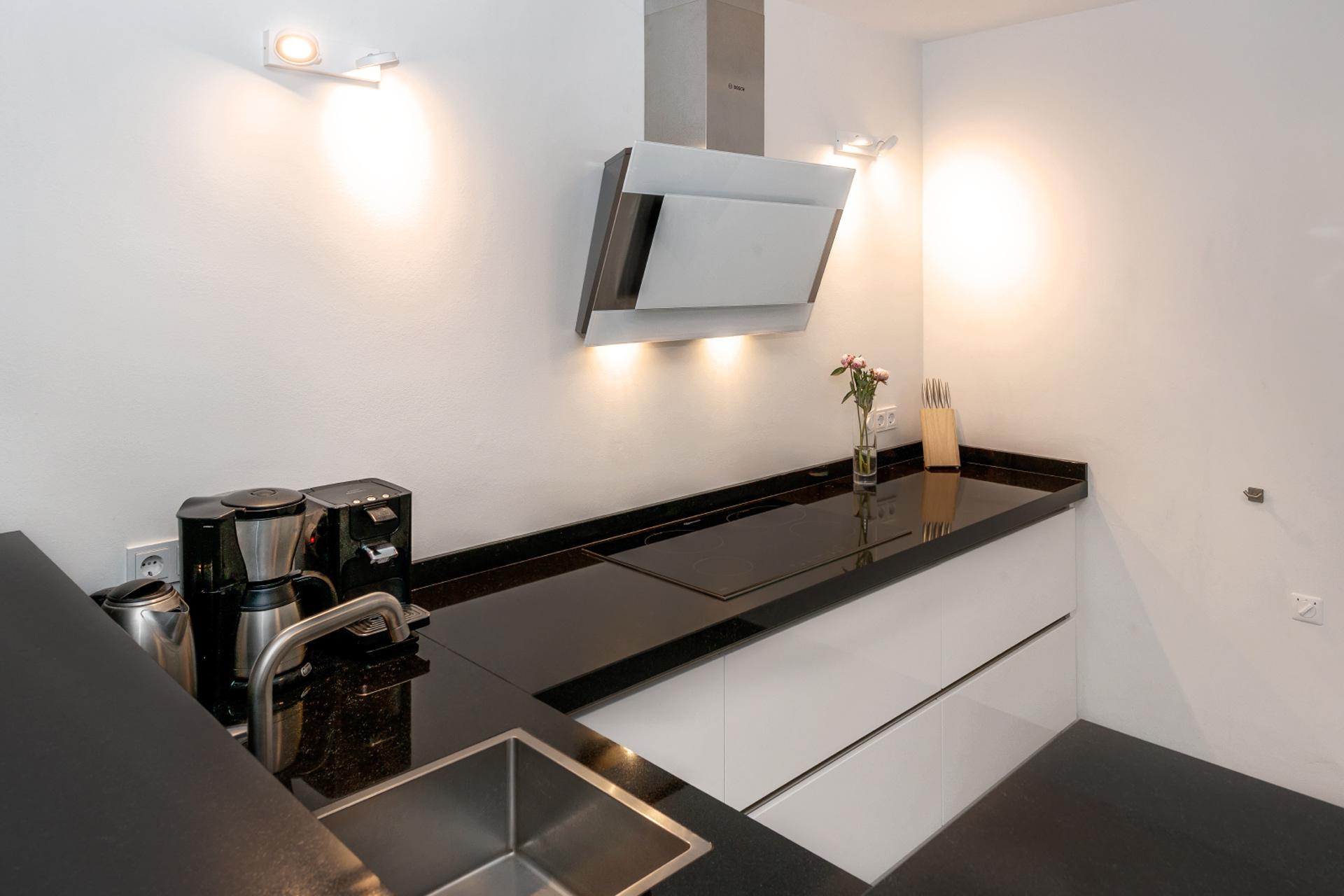 Moderne keuken erjo maatwerk interieur for Moderne keuken