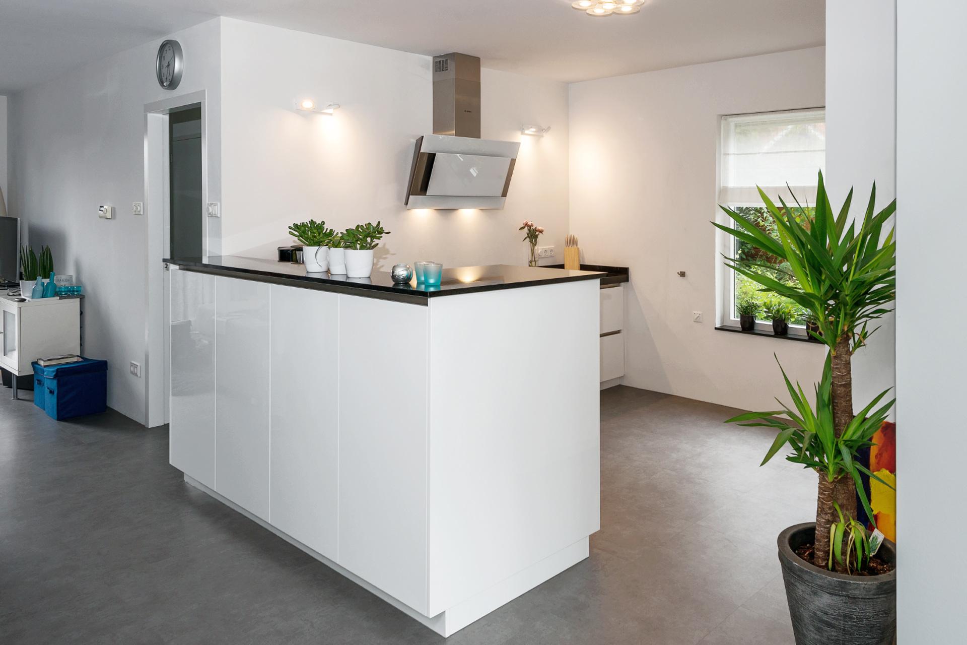 Moderne nederlandse keuken beste inspiratie voor huis ontwerp - Kleur verf moderne keuken ...